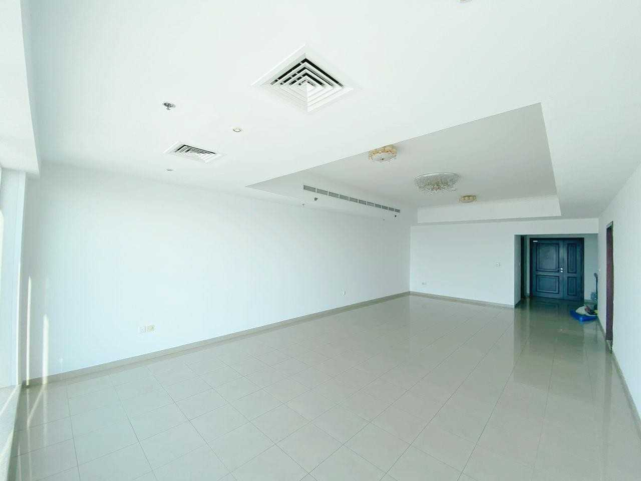 Amazing sea View / Large Layout / 3 Bhk + Maid's room in Emirates Crown!!!