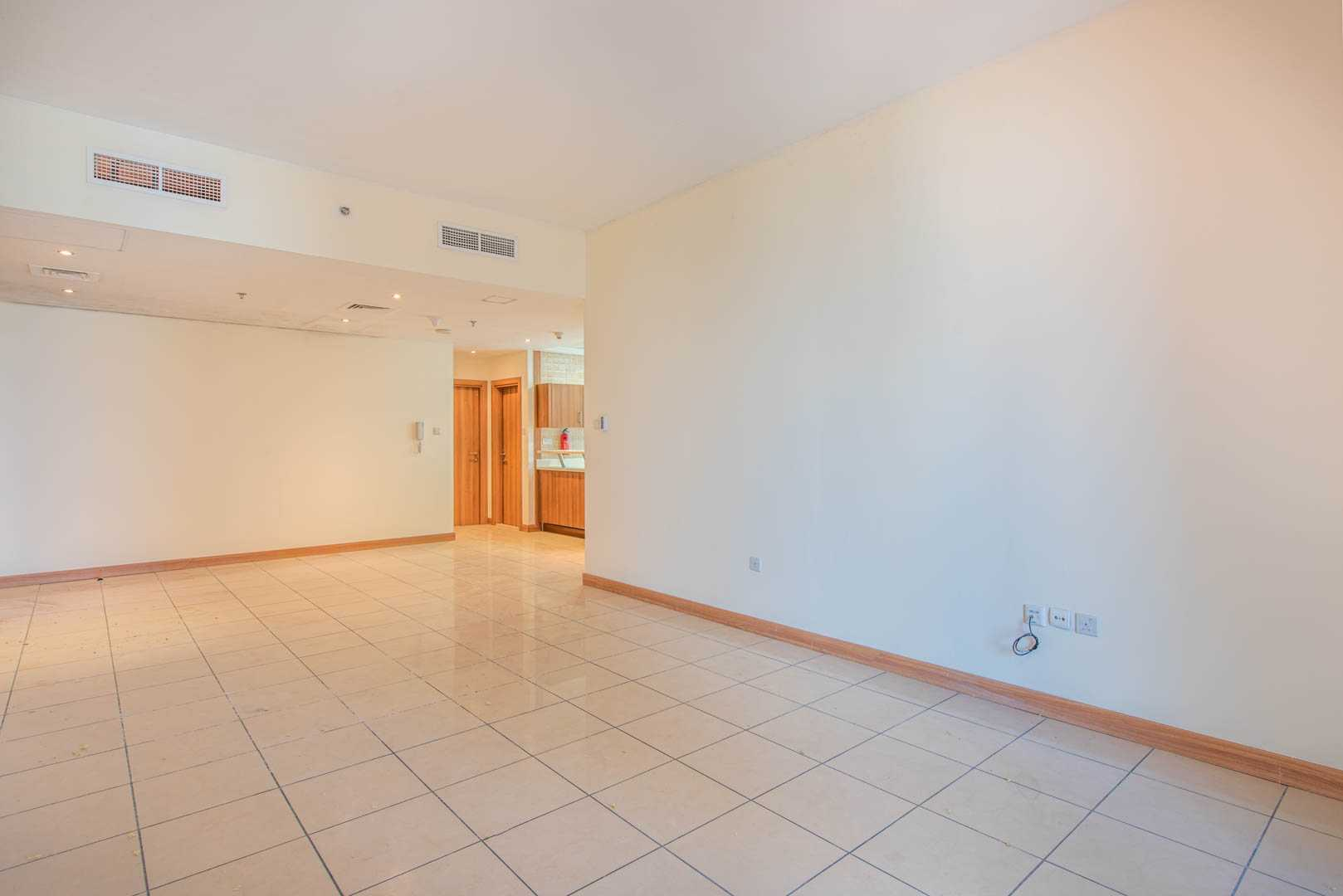 Spacious   Partial Sea View   Unfurnished
