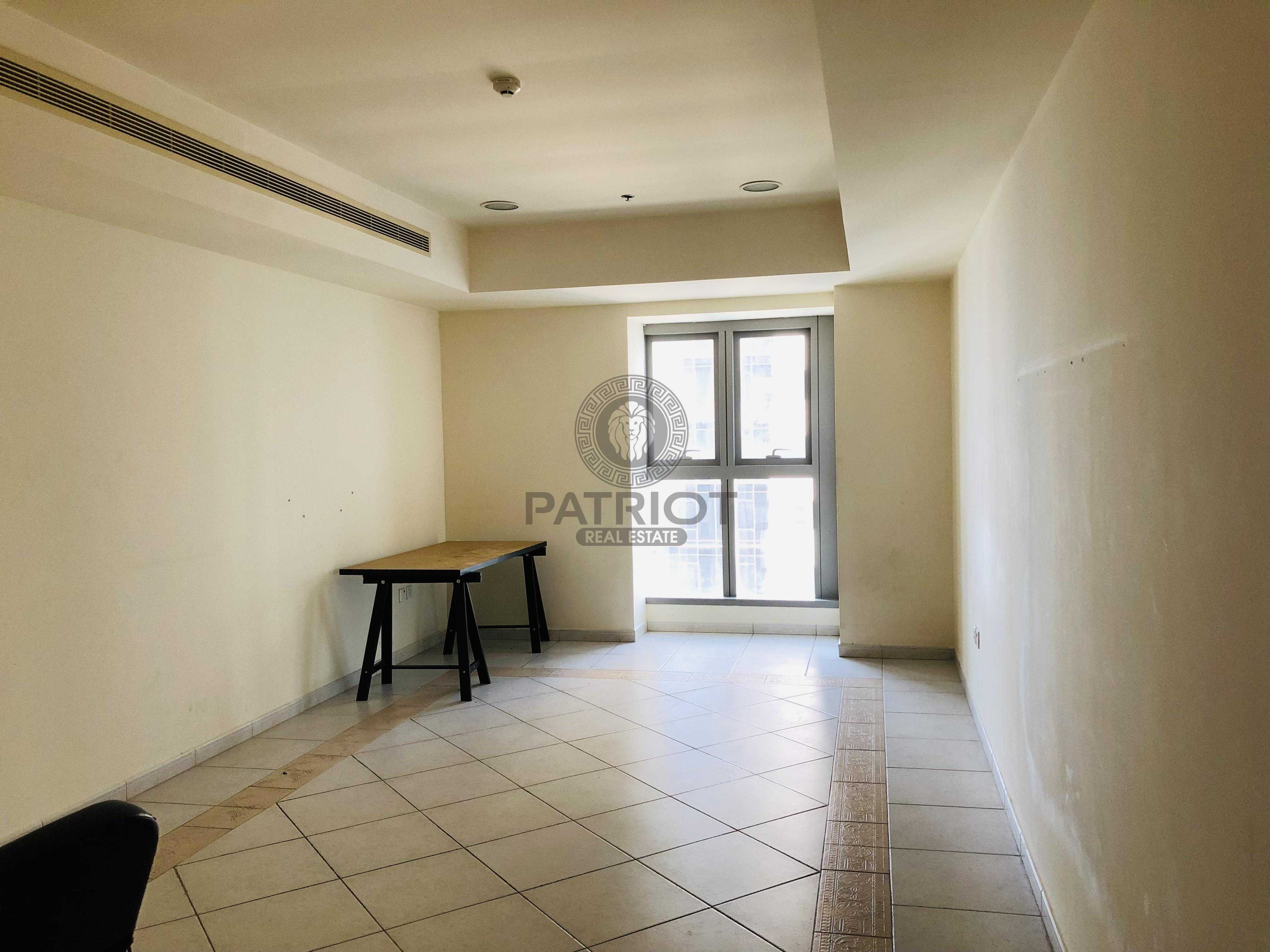 Partial Sea View l One Bedroom l Unfurnished l  High Floor