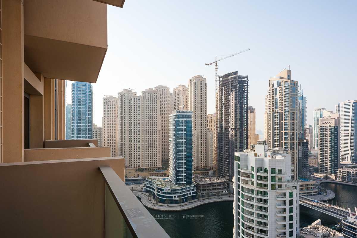 Luxurious furnishings and stunning views of Marina