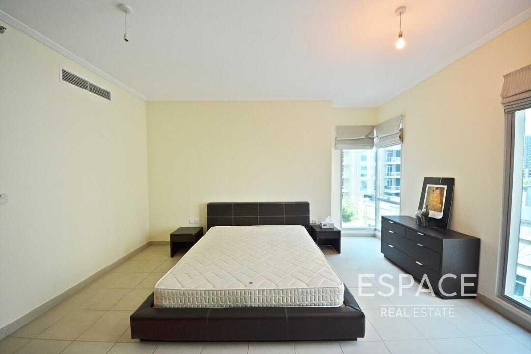 Huge Layout | Marina View | 1 Bedroom