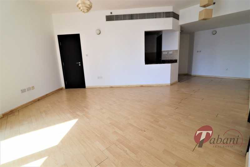 Best Deal| Bright and Spacious |Exclusive