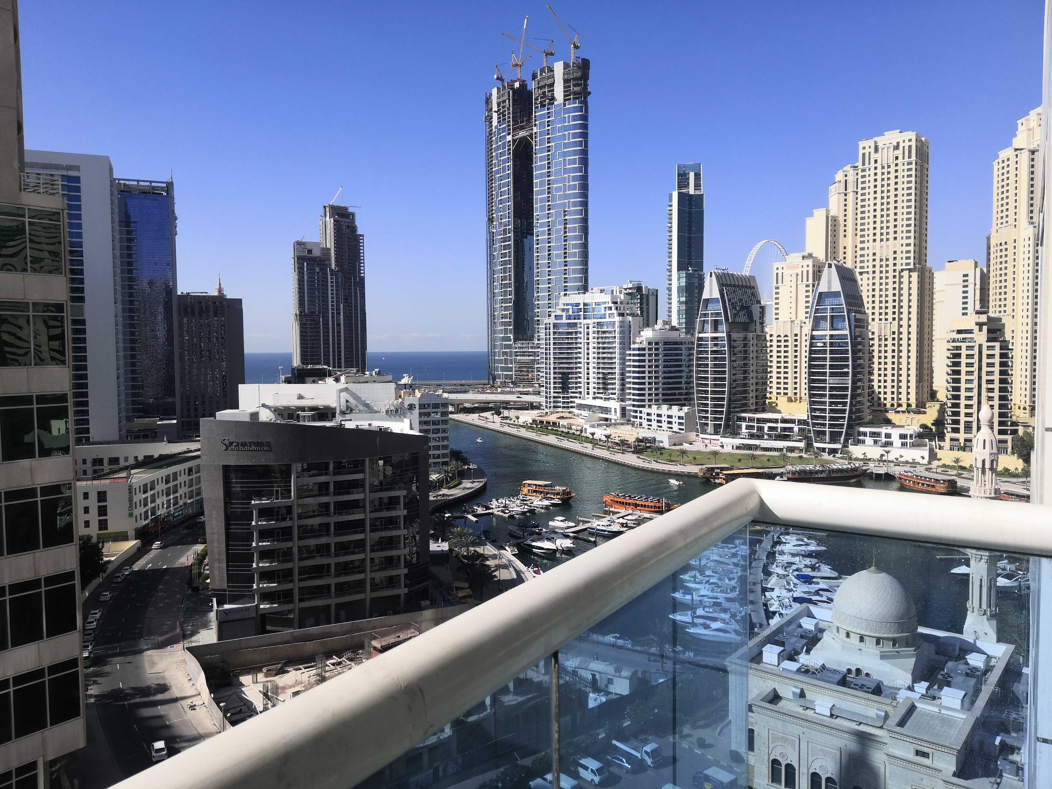 Huge Luxerious 1 BR Opal Tower Marina for sale