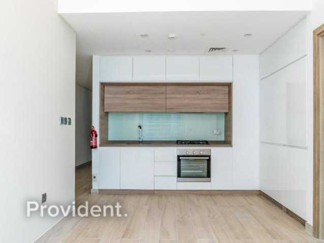 Amazing unit with Sea and Marina View   High Floor
