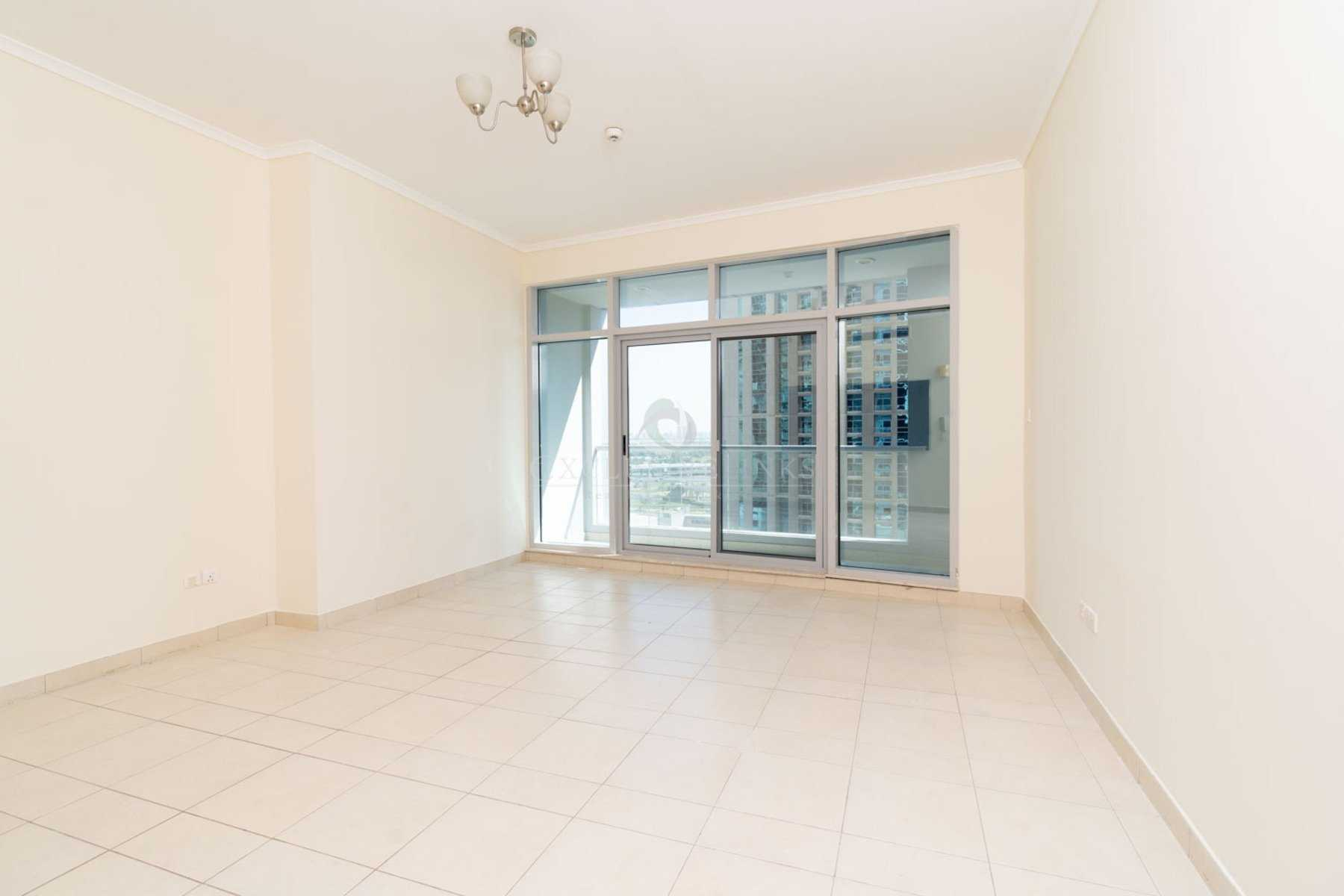 1 bedroom apartment in the heart of marina