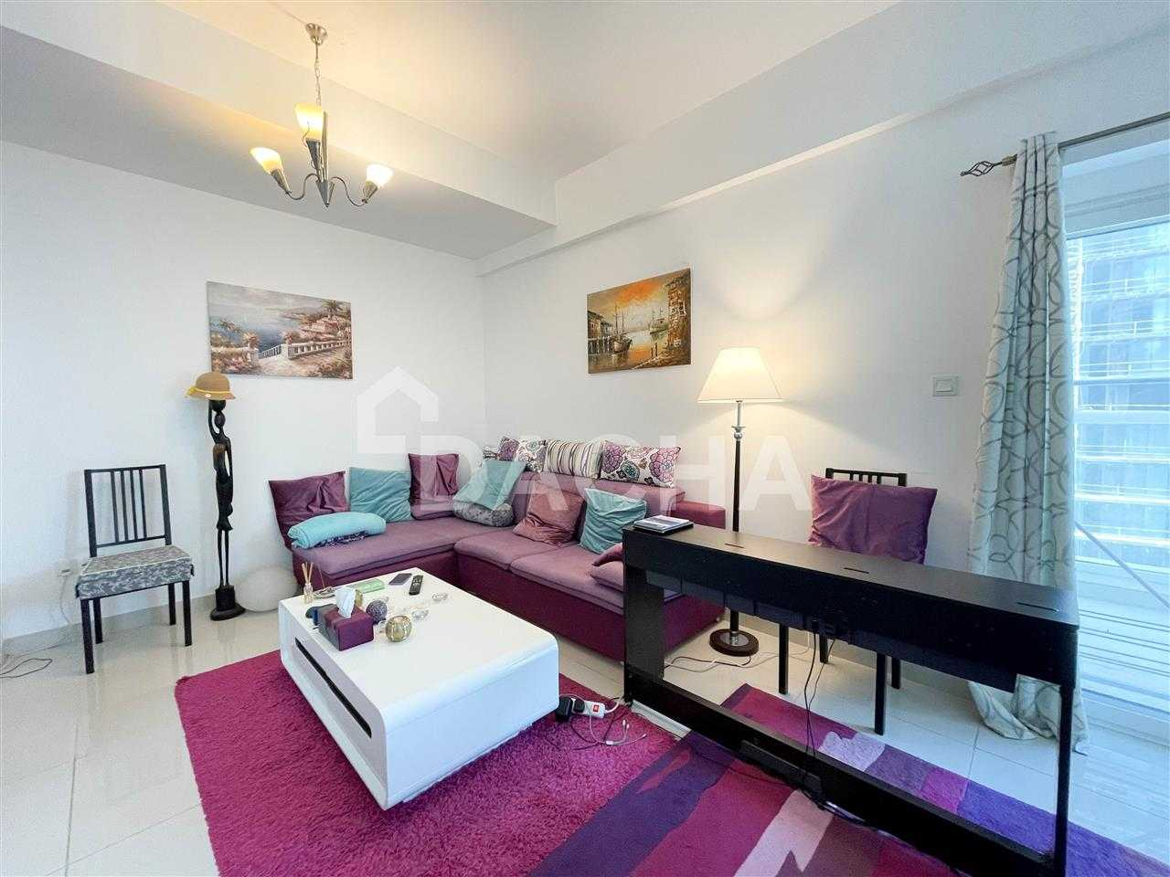 Marina Canal view / Modern Furniture / Vacant Oct.