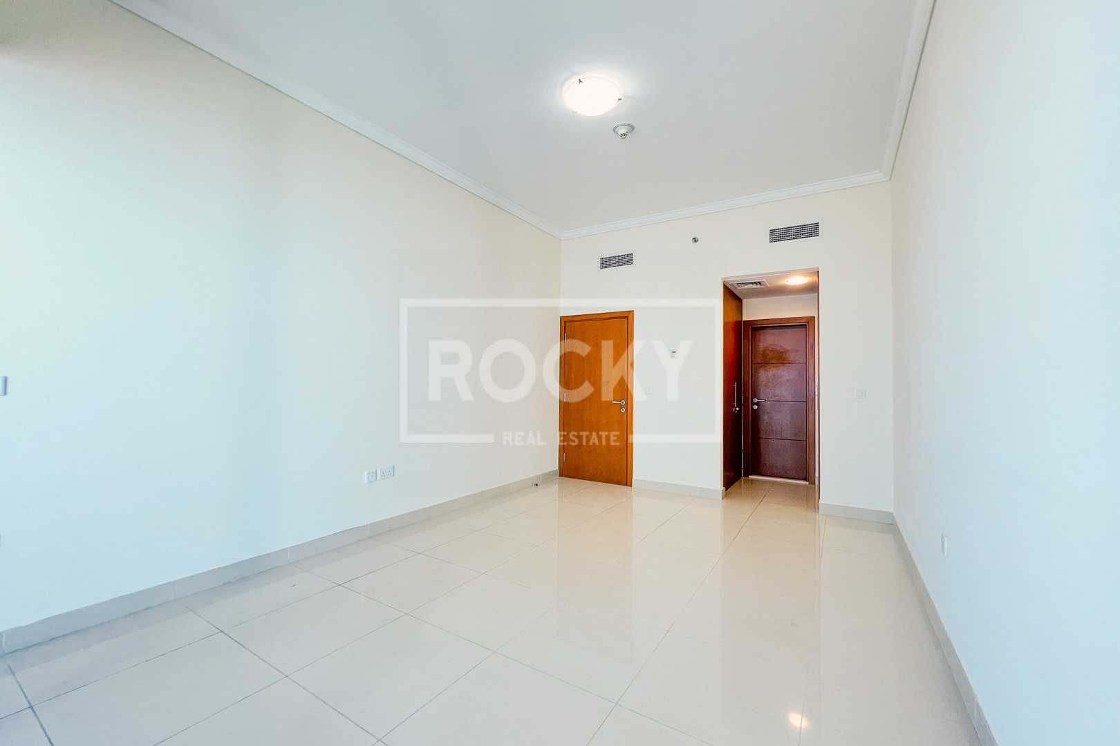 Large 2BR | Higher Floor | Full Sea View
