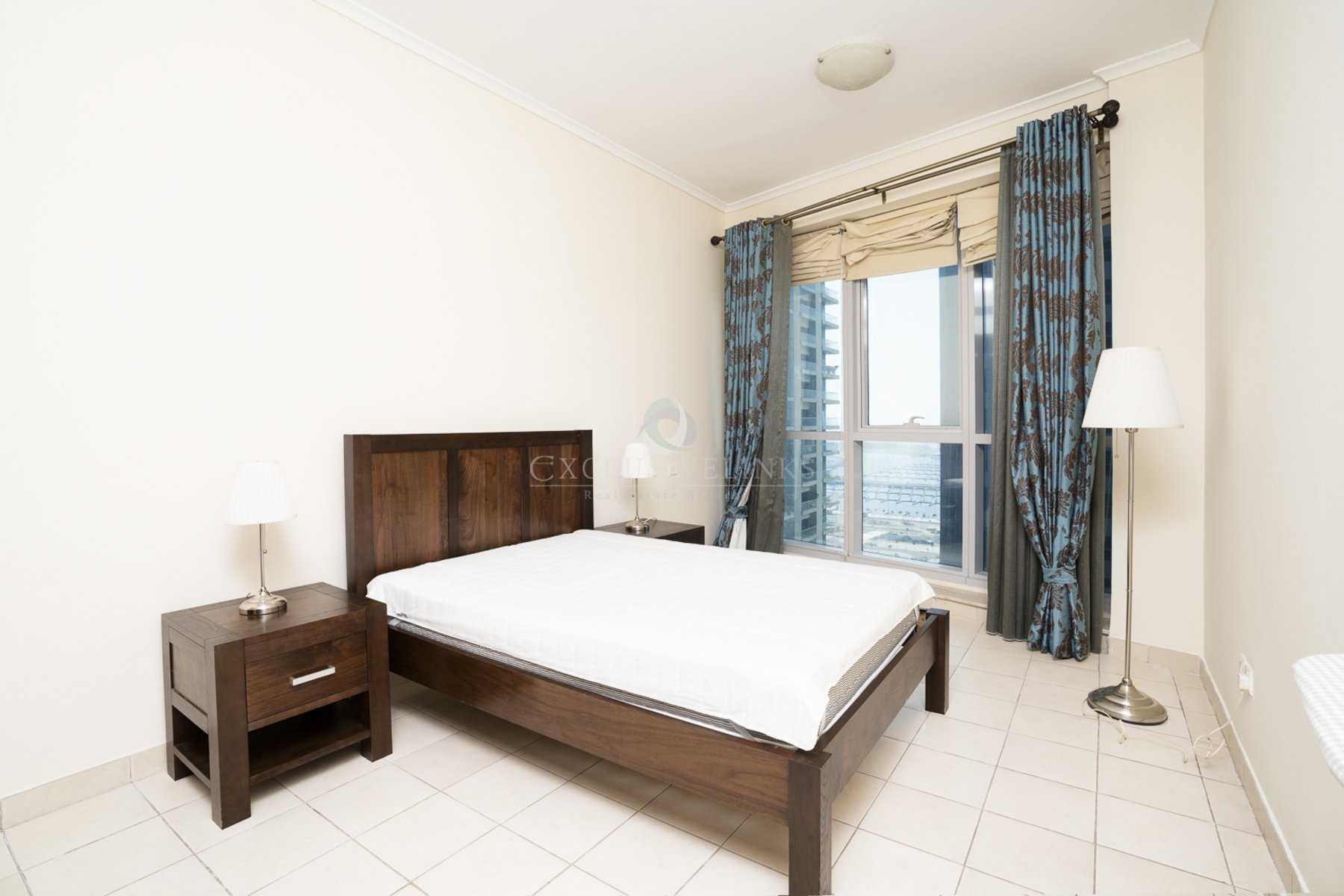 Modern apartment in Dubai Marina close to Metro