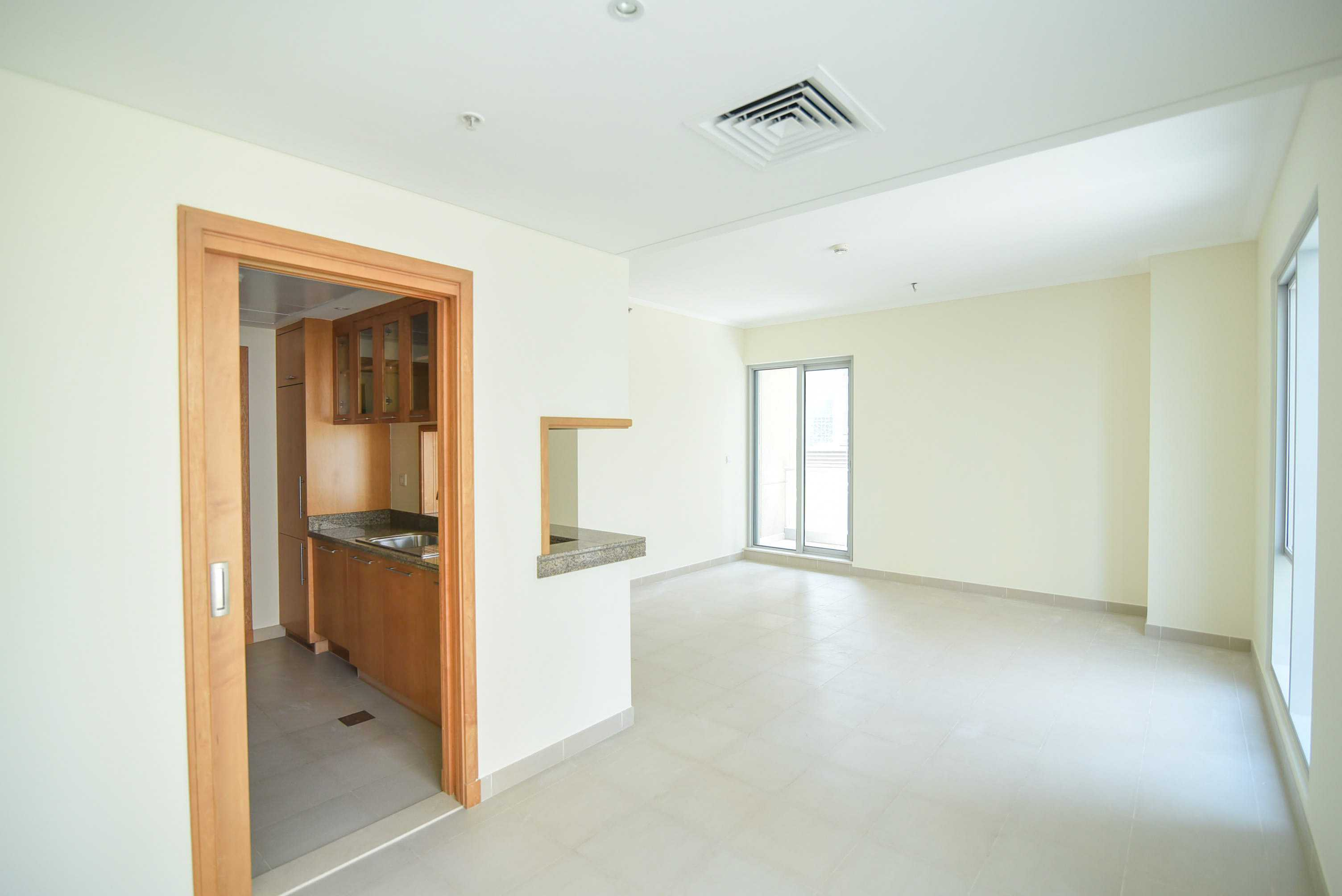 Vacant Fully furnished | Marina Views | Low Floor