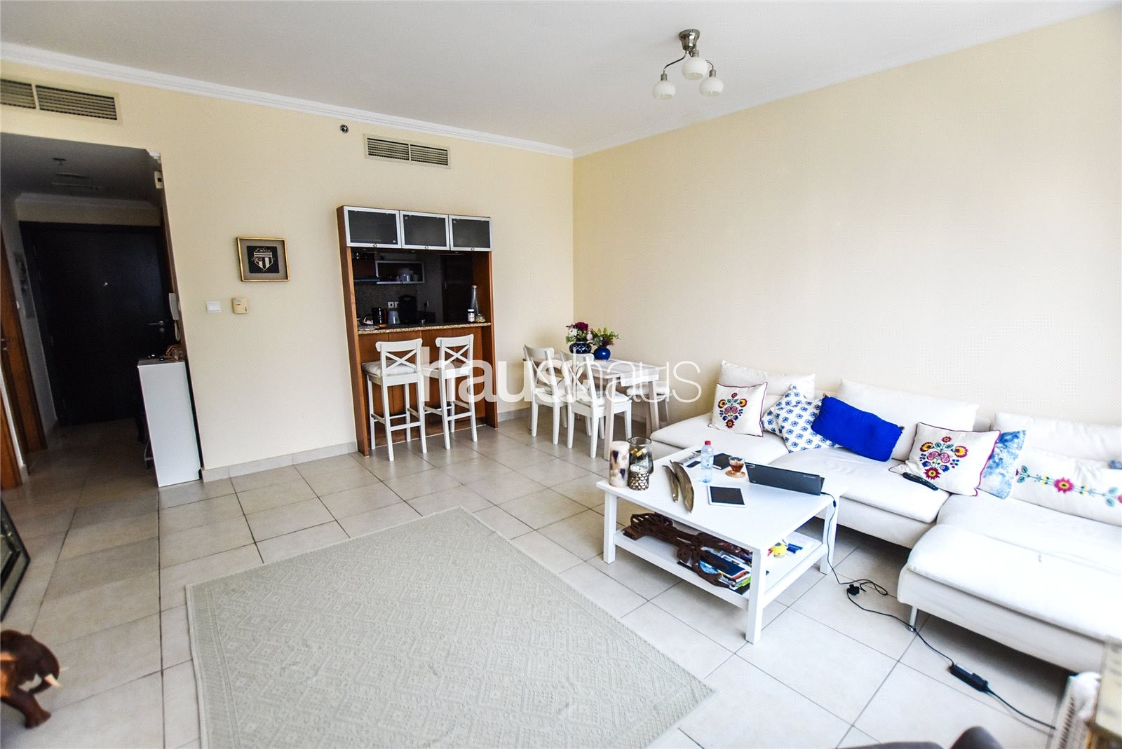 Unfurnished 1 BR | 13 Month Contract Available