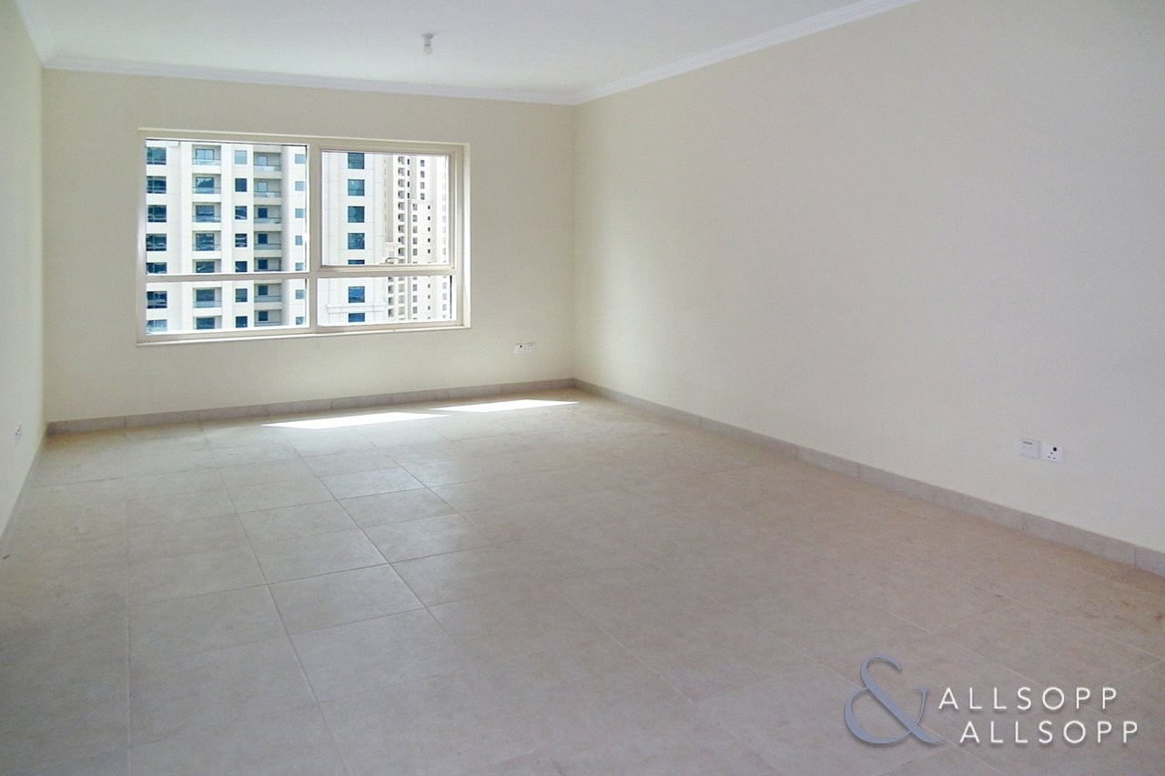 1 Bed   Vacant on Transfer   Close to Beach