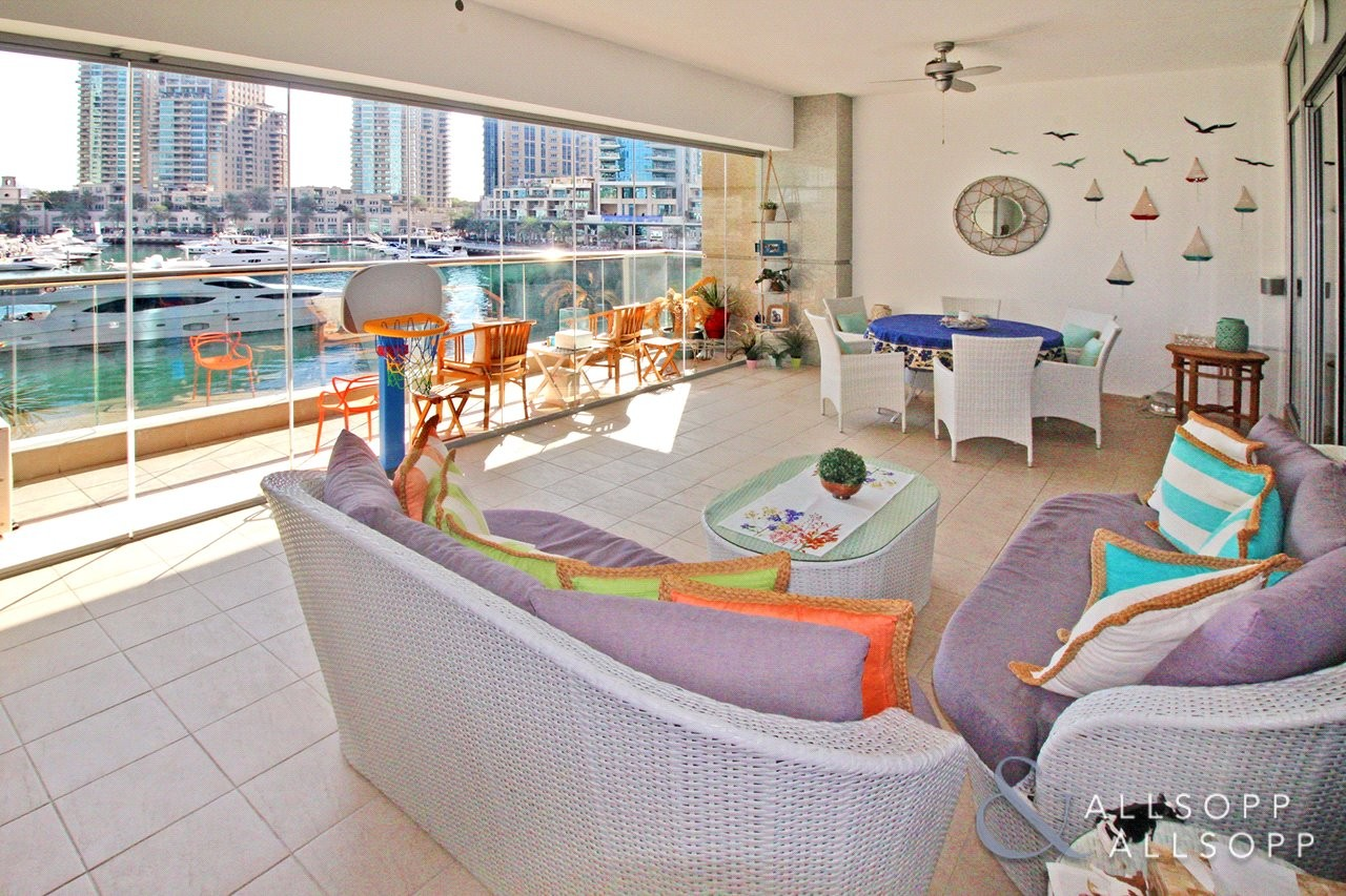 Exclusive | Upgraded | Full Marina Views