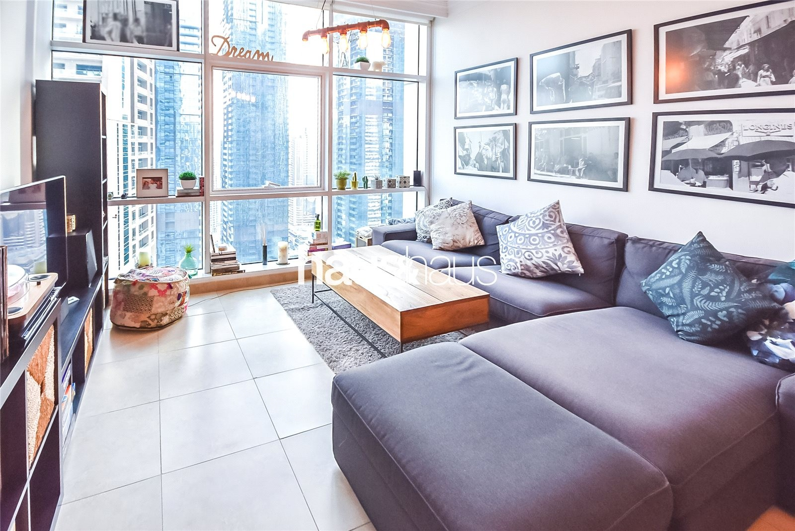 MAG 218 | Marina View | Floor to Ceiling Windows