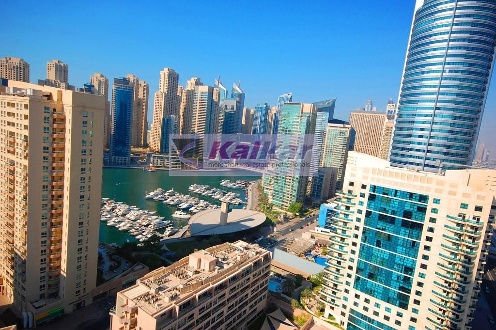 Dubai Marina - One Bedroom with huge balcony & unobstructed view of marina  @ Dream Tower for SALE -AED. 750,000/-