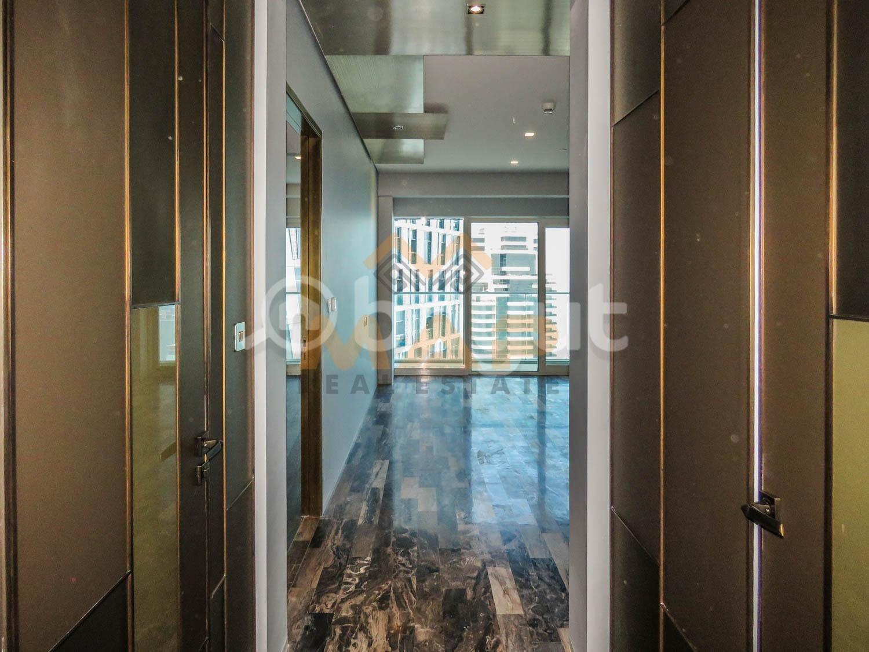 Distress Sale! Luxury 1bhk, Full sea and Dubai Eye view with balcony