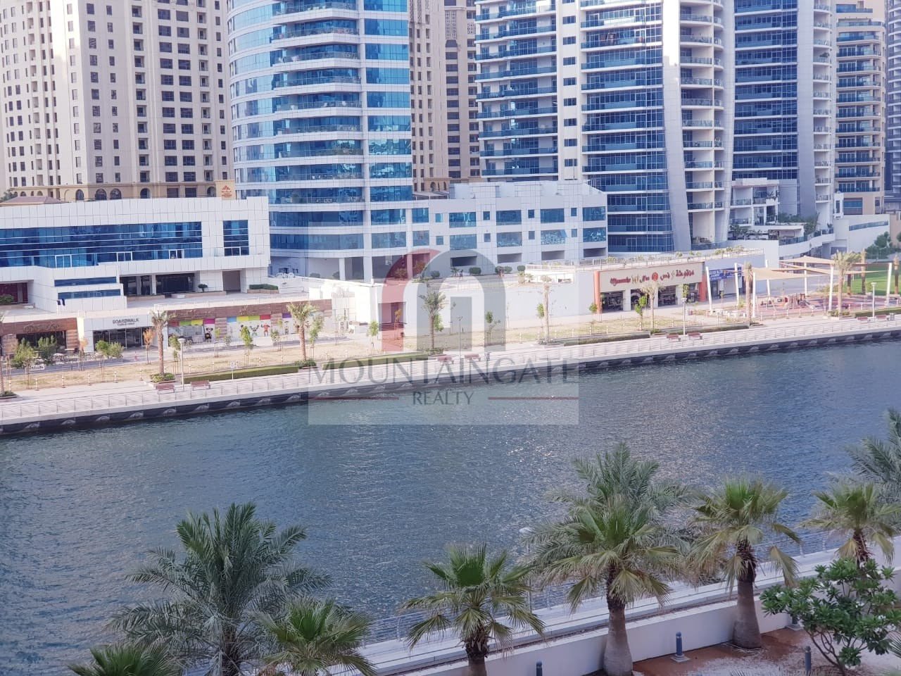 Marina View| access to Marina walk| spacious