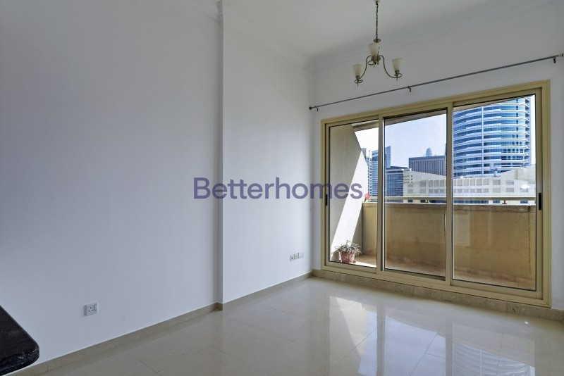 1Br Dubai Marina only 725K Great ROI