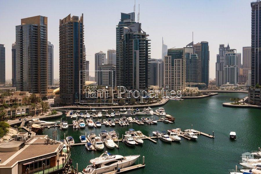 Breathtaking view of Dubai Marina   Duplex Villa