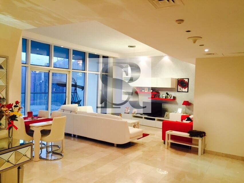 FULLY FURNISHED Spacious 2 BR + Large Study | Marina View