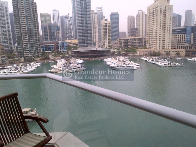 Spacious 3 Bedroom in Paloma with Full Marina View