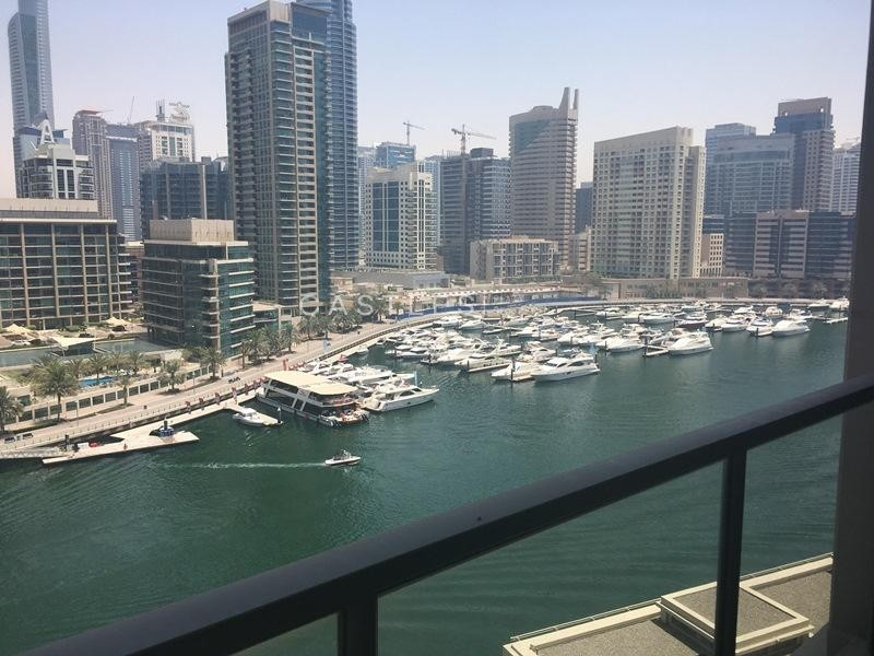 Fully upgraded & renovated 3BR with amazing full marina view