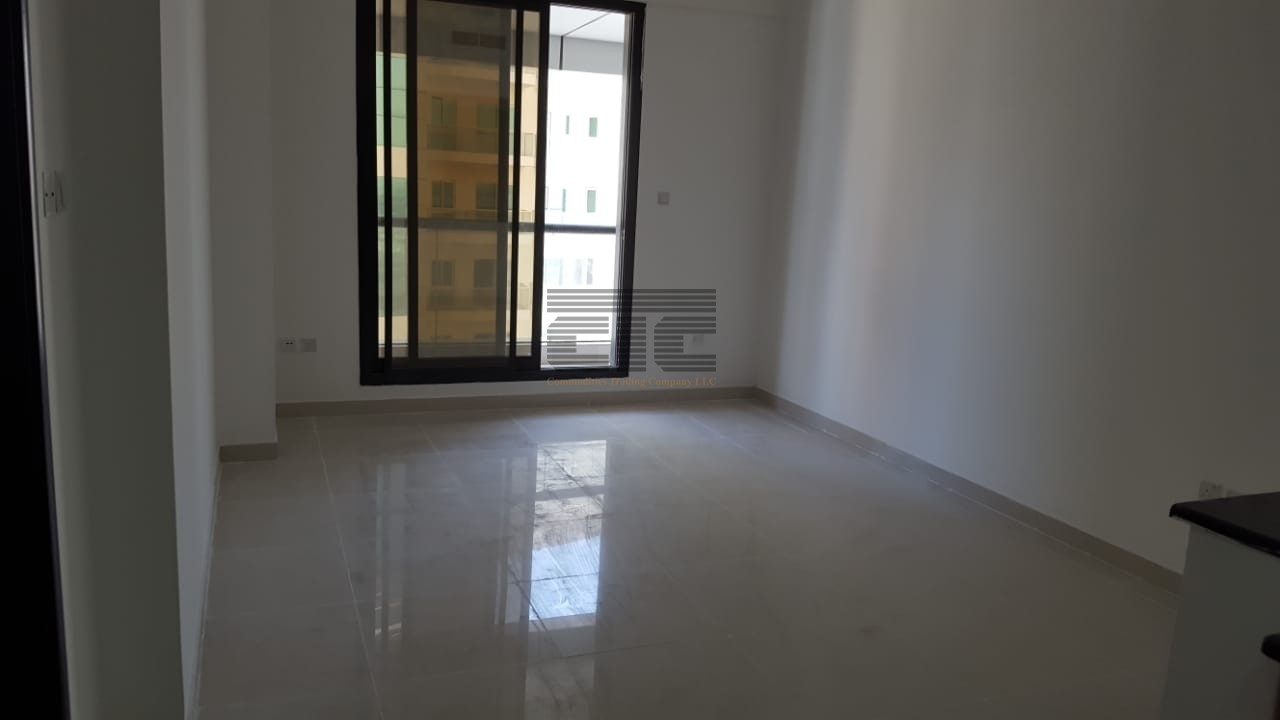 Chiller Free, upto 12 cheques 2 bhk in Escan Marina Tower