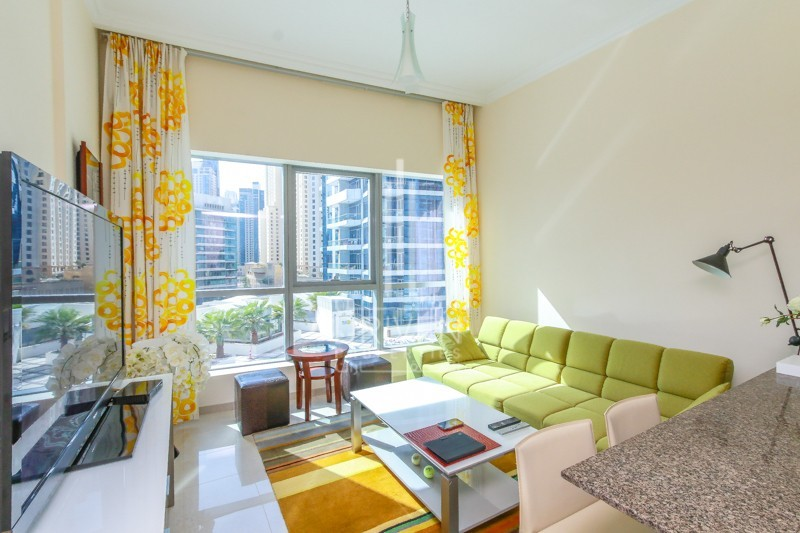 Amazing 1BR Apt, with Pool View.