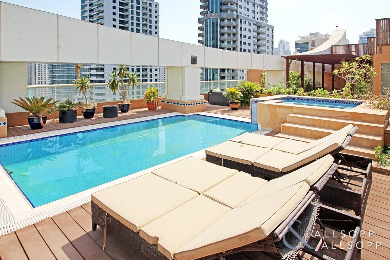 Penthouse   Private Terrace and Pool   5 Bed