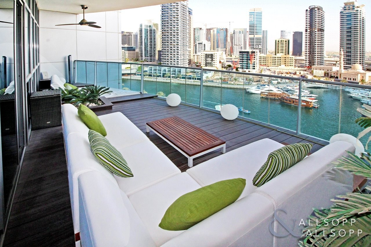 Exclusive | Upgraded | Marina View | 3,375 Sq Ft