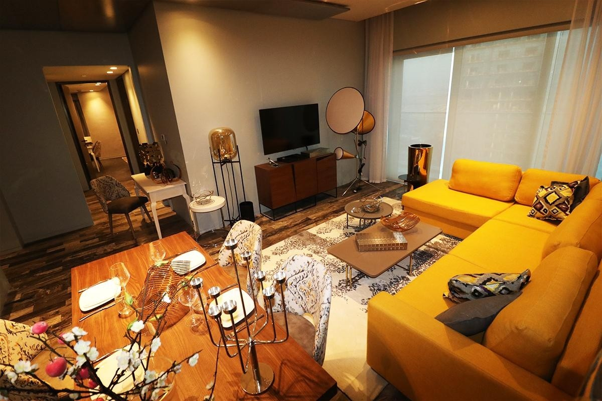 ROI Fendi Apt 2 Bedrooms High End with Marina View.