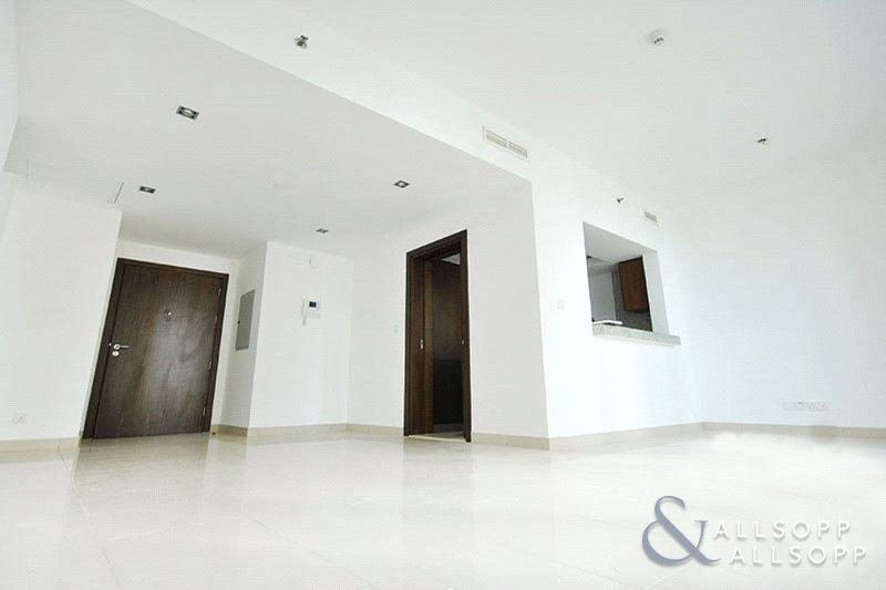 1 Bed | Bills Included | Sea & Palm Views