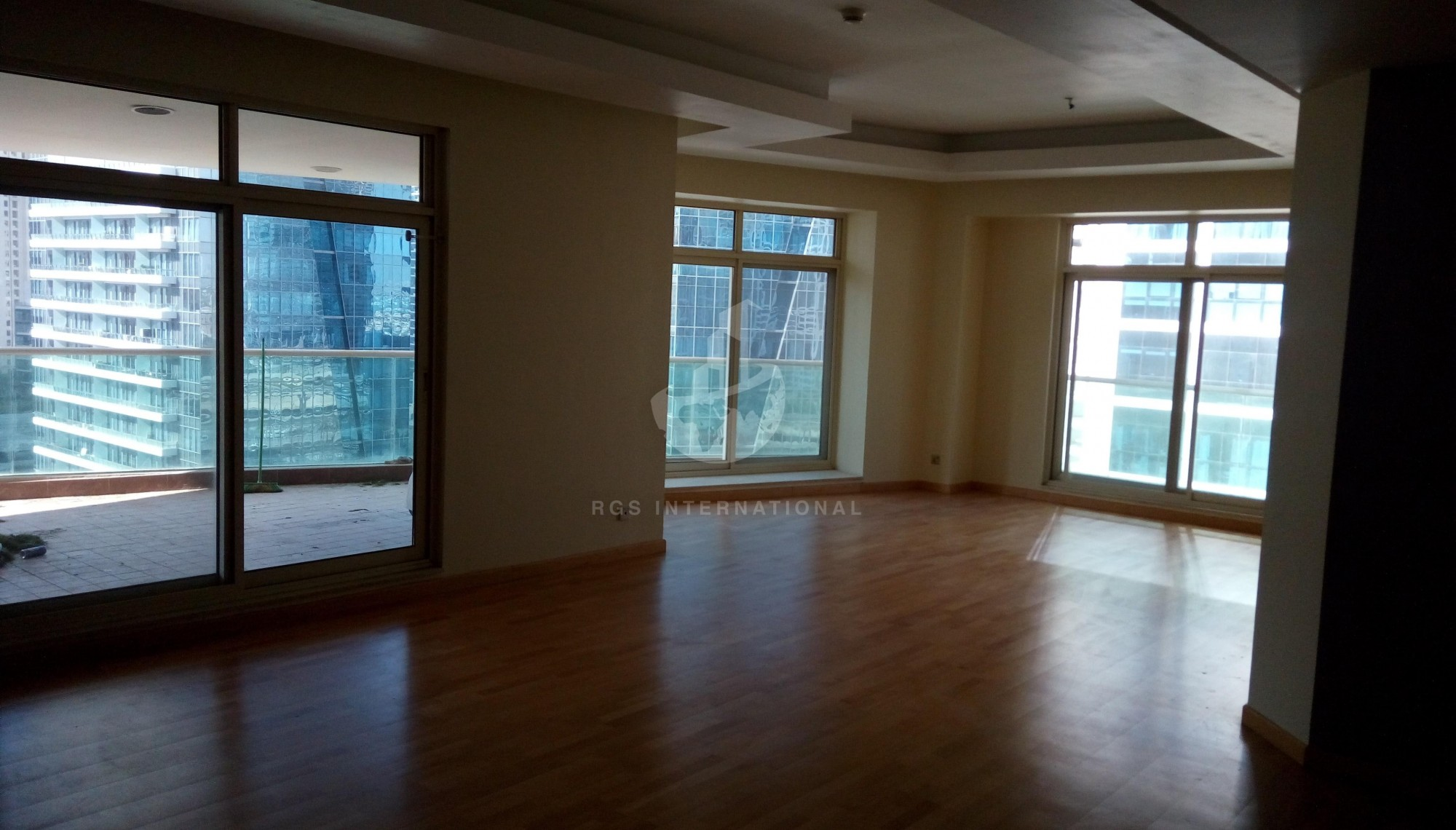 Spacious 3 Bedroom  plus  Maids With Marina View
