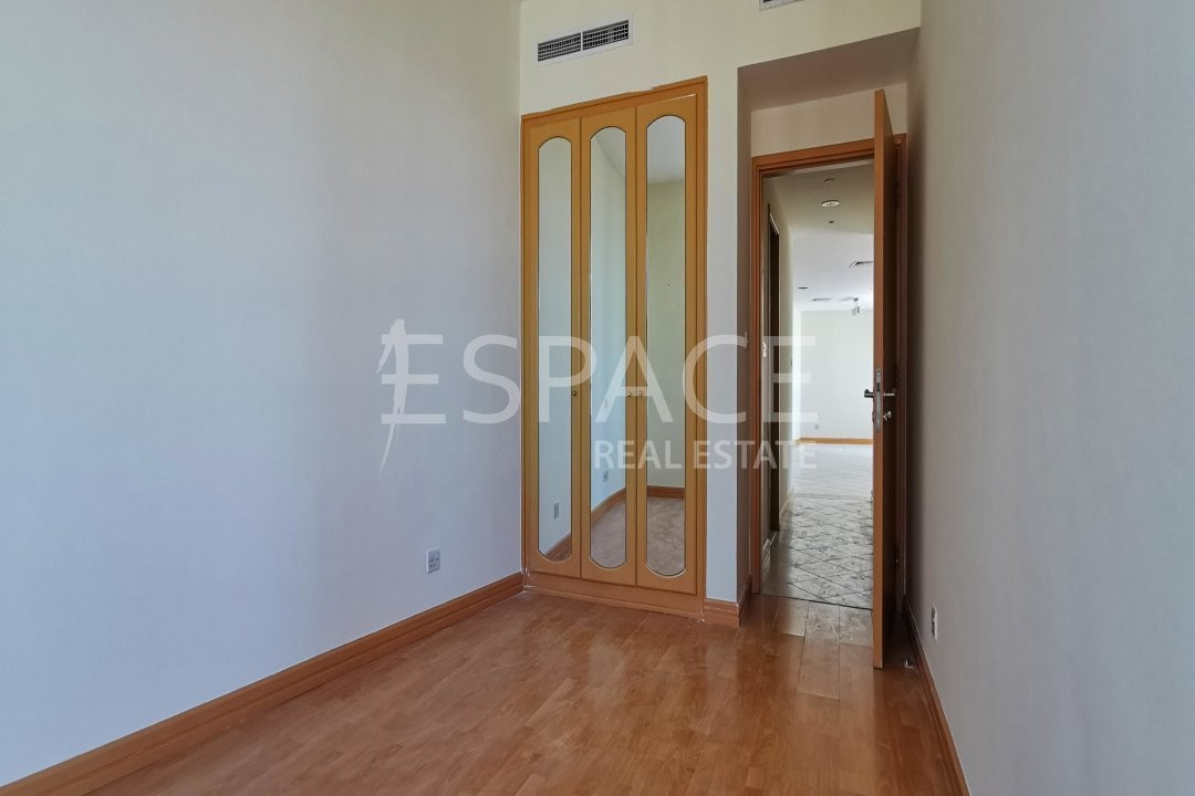 3 Beds - Unfurnished - Marina View - PM