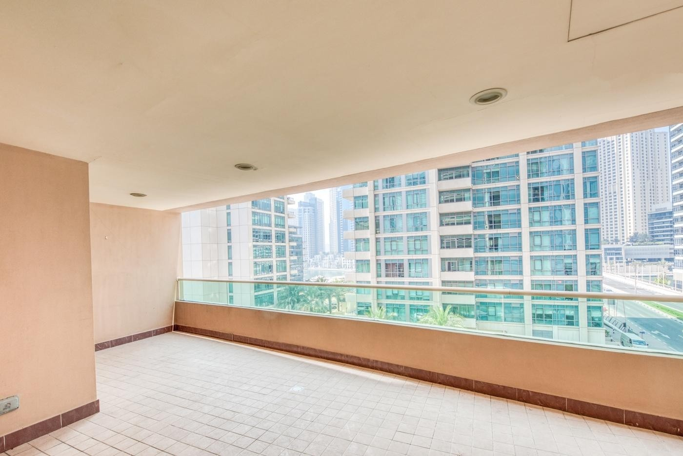 2 Bedroom Apartment in Marina Mansions
