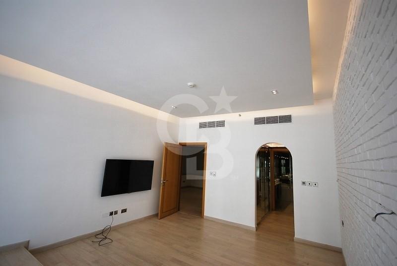 3 Bedrooms in Dubai Marina Trident Bayside