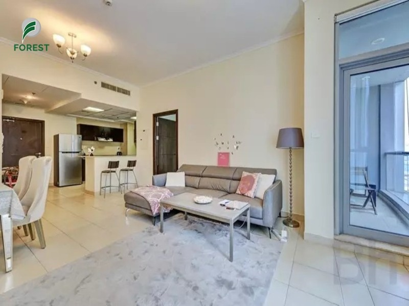 Luxury 1 BR Apartment with Sea View Unfurnished