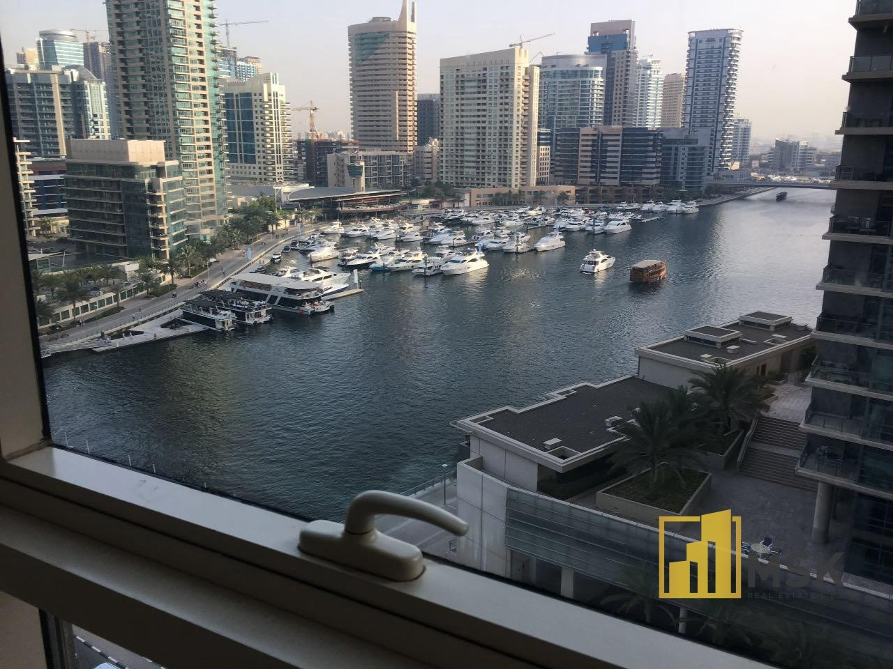 HIGH FLOOR | MARINA VIEW | SPACIOUS APARTMENT