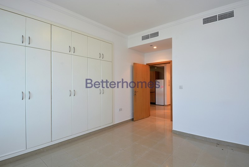 Sea View 1 Bed with Balcony|Marina Crown