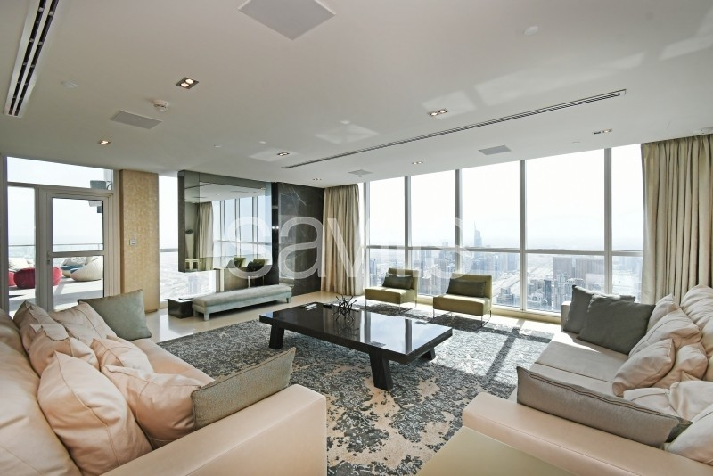 Impeccable upgrade | Vacant now with Marina view