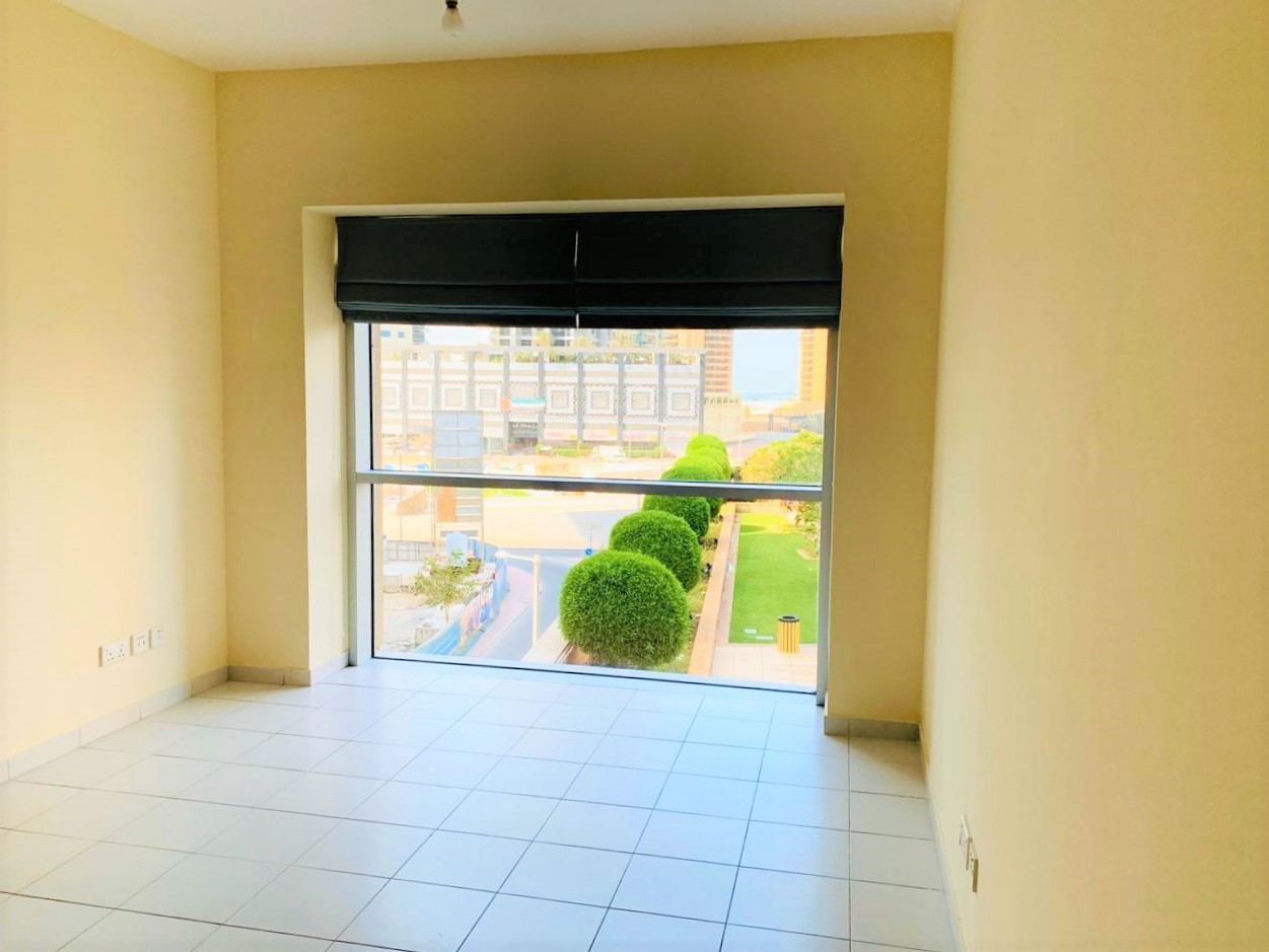 1BR with Balcony and Pool View|1 Month Free Period
