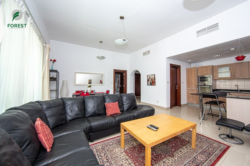 Large 1 BR Furnished| Marina View| Great Building