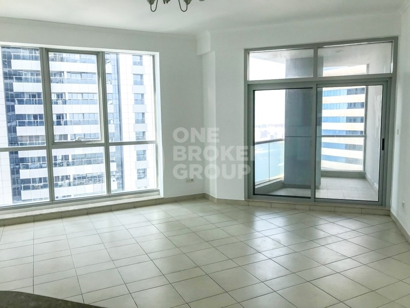 Grab Investment Deal, Mid Floor, Sea View.