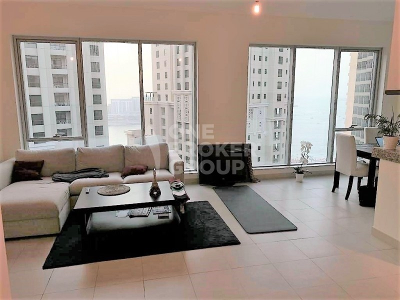 Elegant 1 Bed | high floor with Sea view