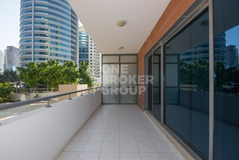 Chiller Free 1BR in Azure| Large Balcony |