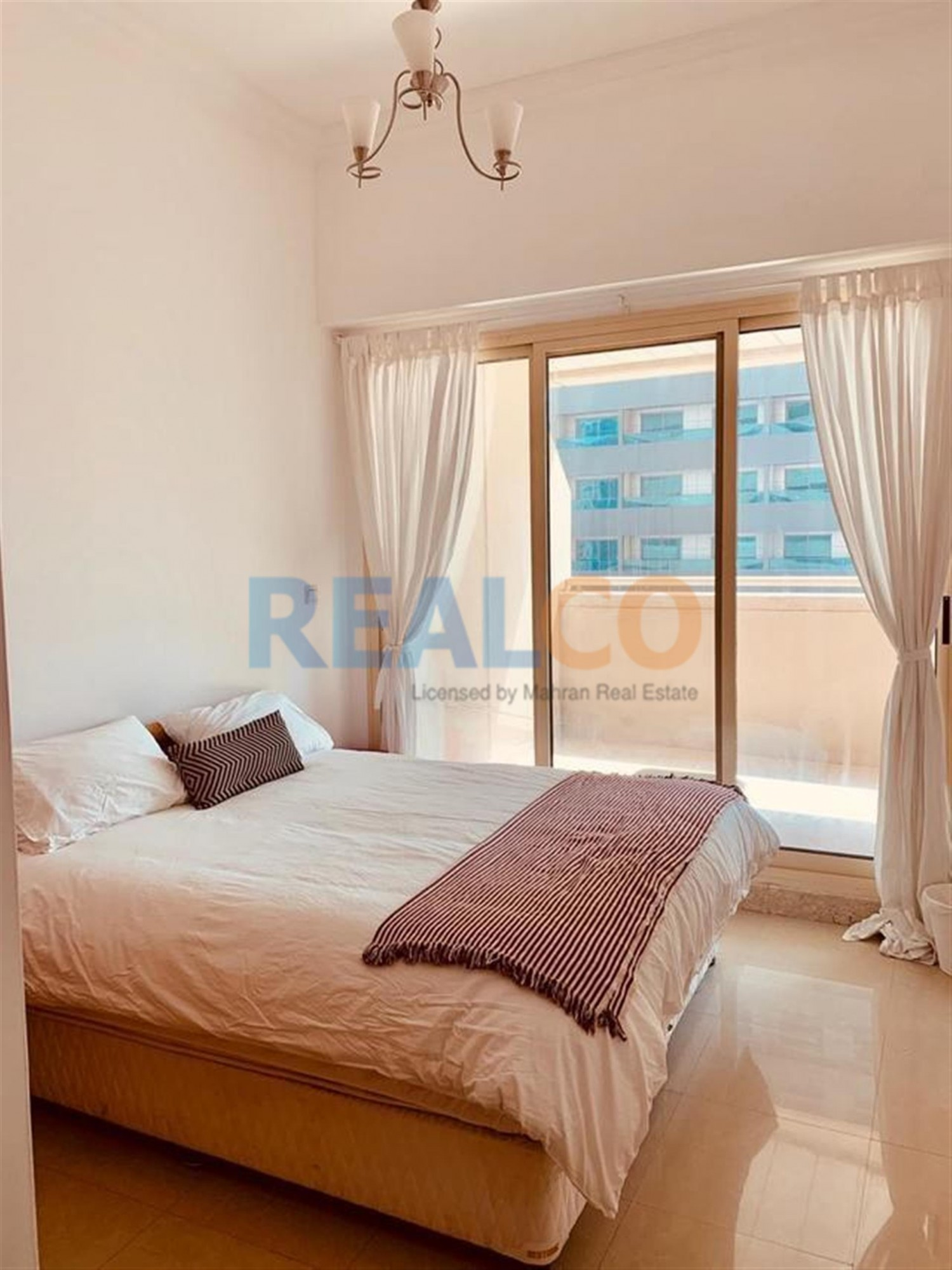 Dream Tower 1B/R Semi furnished large balcony