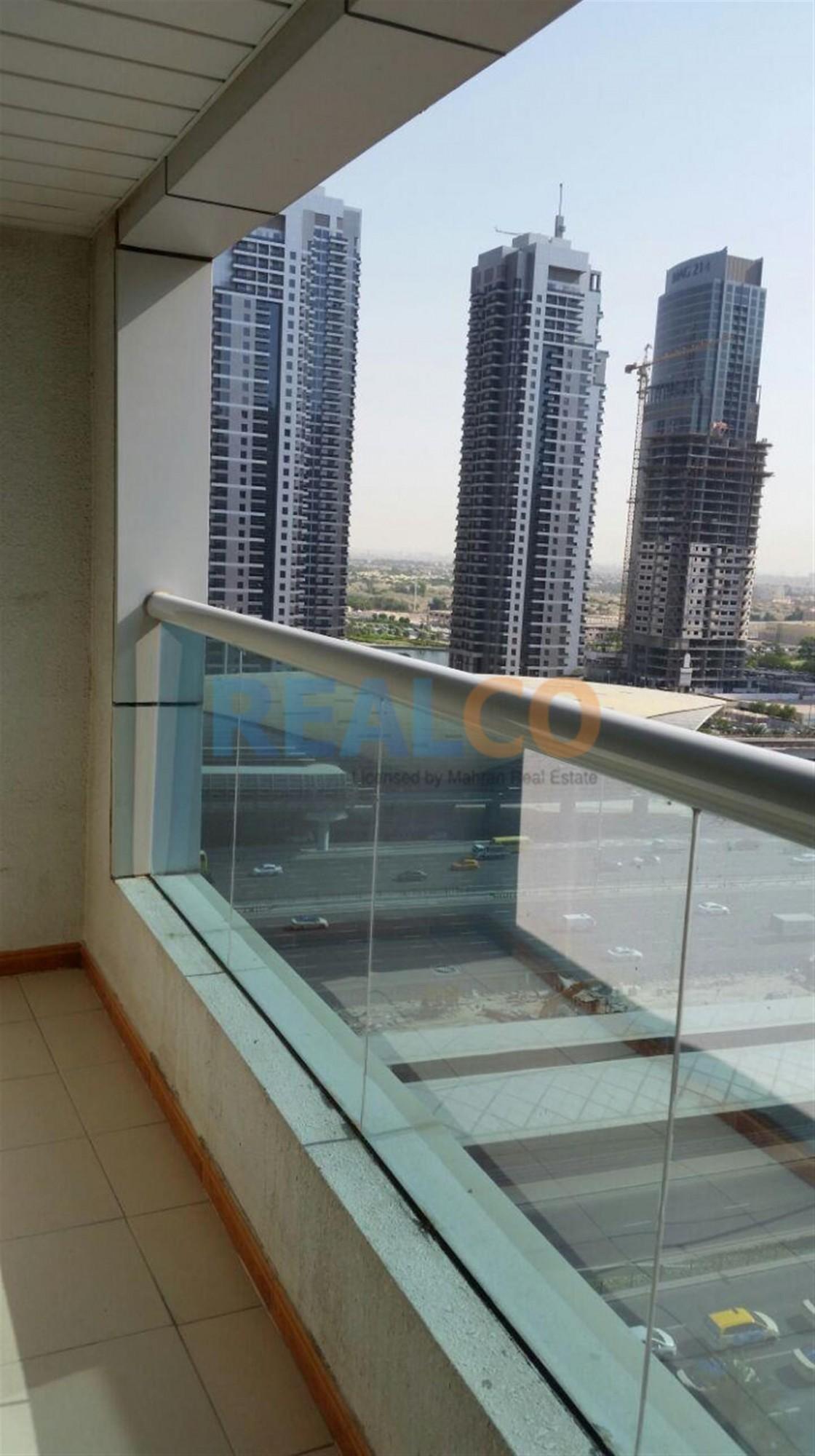 Distress Deal 1 BHK in Dubai Marina 770,000/- A Minute Away from Metro