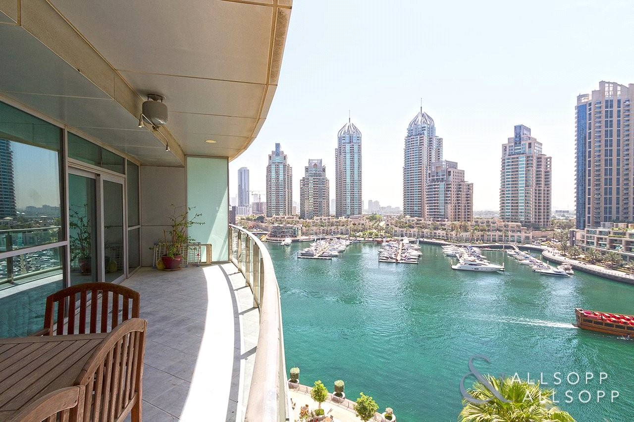 1 Bed | Huge Balcony | Full Marina Views