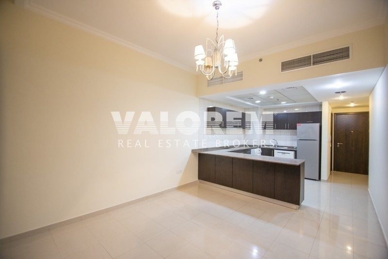 Immaculate apartment ! Best price ! Great view