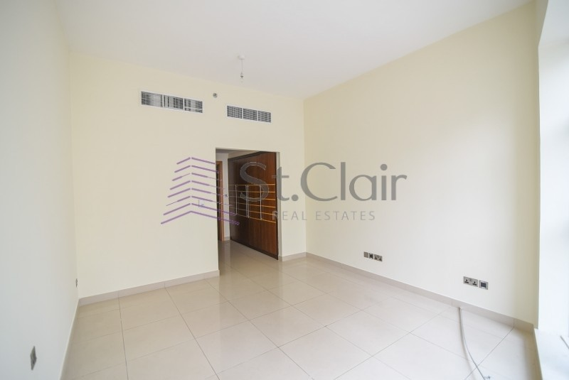 Low Floor 2 Beds in Time Place   Vacant