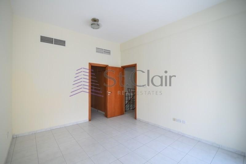 Best Rent! 4BR Duplex | Chiller Free | Marina View